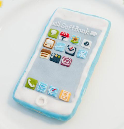 iPhone Cookies by Japanese Green Gables Sweets & Cafe